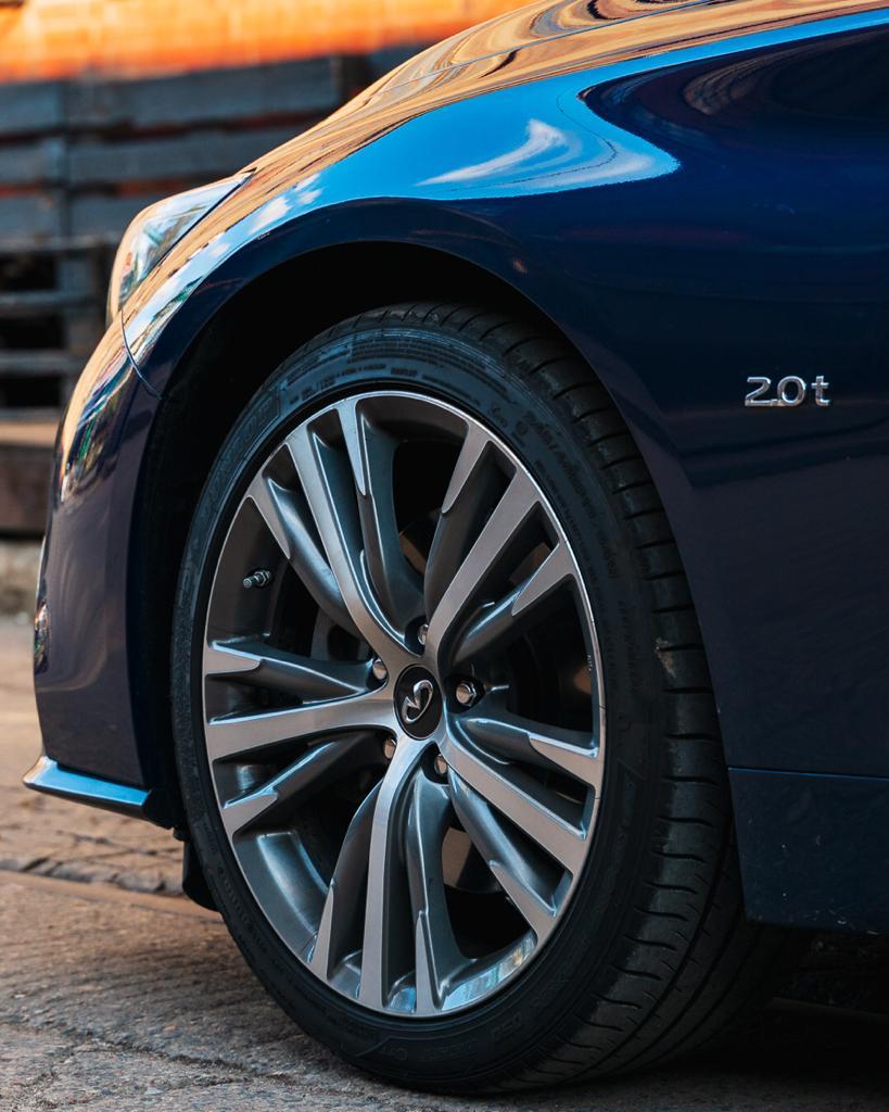Infiniti Q50 Sport wypożyczalnia samochodów Mestenza