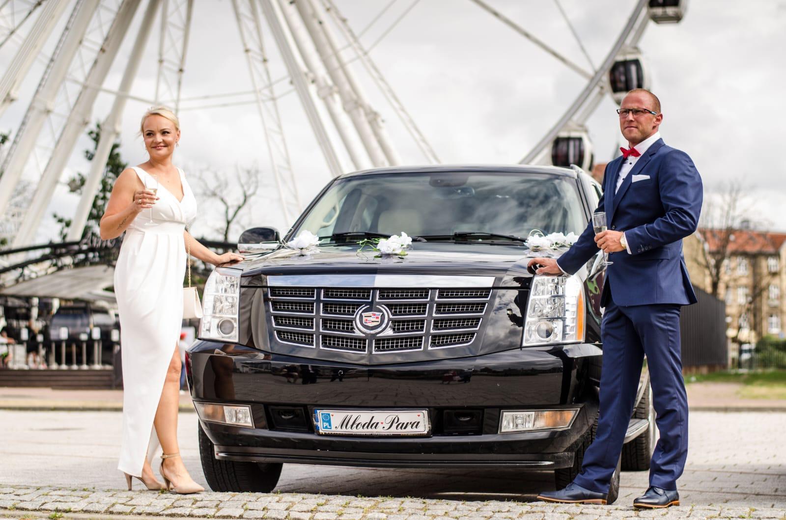 Cadillac Escalade wypożyczalnia samochodów luksusowych Mestenza Trójmiasto Rafał Grzebin