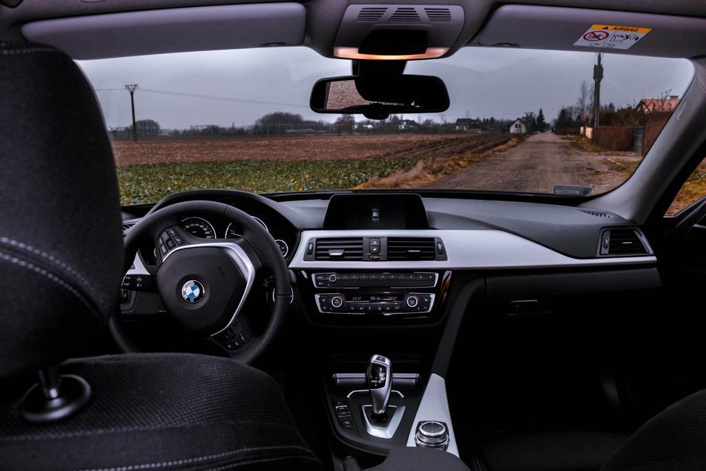 Wypożyczalnia samochodów Mestenza Rafał Grzebin BMW 3GT
