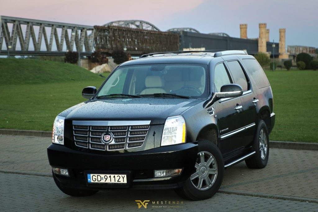 Cadillac Escalade Mestenza wypożyczalnia samochodów Rafał Grzebin